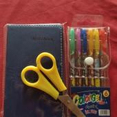 красивый и полезный набор: блокнот, набор ручек и ножницы