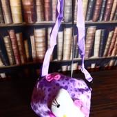 Мягкая плюшевая сумочка для девочки Hello Kitty с сердечками, фиолетовая