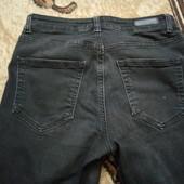 Черные джинсы скинни р.27,сост.новых