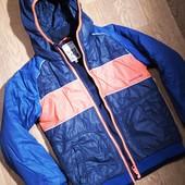 Деми куртка на 8-10 лет 134-140