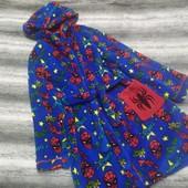 Яркий теплый мягусенький халат на мальчика 7-8 лет