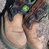 Стильные демисезонные ботинки JOHN Deere