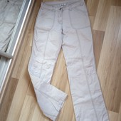 Світлі фірменні штани Crane, стан нових, 10% знижка на УП