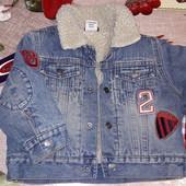 Утепленная джинсовая куртка от 9-1.5 года.смотрите замеры