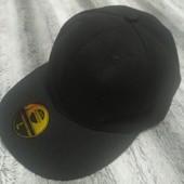 Черная бейсболка кепка, объем 57 см.