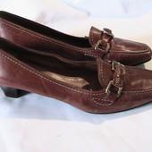 прекрасные кожаные туфли стельки 25 см размер 37/38