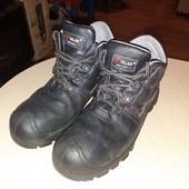 Отличнейшее состояние!Демисезонные ботинки для работы и ежедневной носки!Обуты 1 р!!р 43,ст 28,5 см