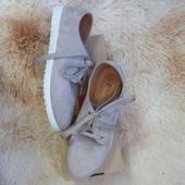 закрытые туфли на шнуровке