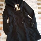 новое фирменое пальто