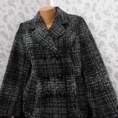 Пальто укороченное. Размер 44-46