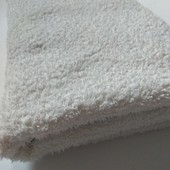 Махровий банний рушник у хорошому стані 122*73 європейська якість за приємну ціну