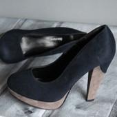 стильные туфли, эко замш!! хорошее состояние. не заношены