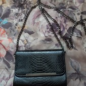 Продам лаковую сумочку! Класика))