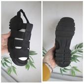 Стильные кожаные босоножки 100% кожа р. 38(25см)Состояние отличное!!