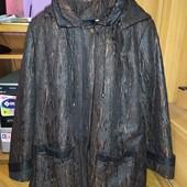 Нарядна демісезона куртка на 56 розмір