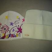 Комплект демисезонных шапок на 2-4 года