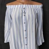 Лёгенькая фирменная блузочка с открытыми плечами, вискоза,xs/s
