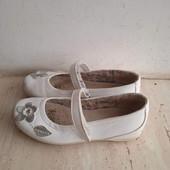 Туфли кожаные для девочки 21,5 см стелька