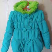 Очаровательная весенняя курточка на девочку 3-5 лет