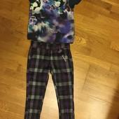 Штанишки и блузочка-футболка на 4-5 лет