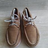 Замшевые туфли топсайдеры