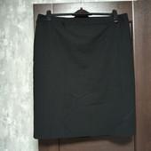 Фирменная юбка-карандаш в состоянии новой вещи р.18-20