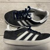 Замшевые кроссовки Adidas 32 размер стелька 20,5 см .