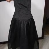 Платье очень красивое и нарядное размер хс/с