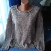 Симпатичный женский свитерок, р.38( 46-48)