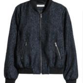 Куртка-бомбер H&M с рисунком 40/42 евр,л/хл.