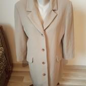 Гарне пальто прямого силуету, 10% знижка на УП