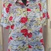 новая блуза с цветочным принтом