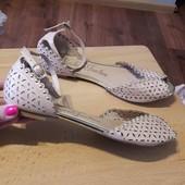 shoe love мягенькі і красиві 38/39