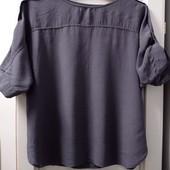 Симпатичная блузочка темно-серого цвета, р-р L. Состояние отличное.