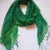 Легесенький шарф у відмінному стані 170*80