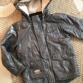 Демісезонна куртка від Next на 4-5 років зріст 110 см