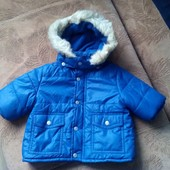 Фирменная курточка - производство США на мальчика от 0-3 месяцев, состояние новой вещи !!!