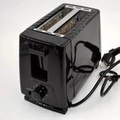 Тостер Domotec MS 3230 для гренок и тостов, 650W, черный