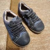 Кожаные кроссовки Clarks р.25, стелька 17 см