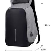 классный городской рюкзак антивор.есть USB вход.цвет случайный