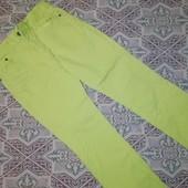 Отличные яркие джинсы для девочки, размер 152-158