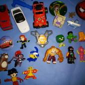 Игрушки 27шт. разные супергерои киндеры, lego, машинки