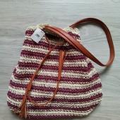 Фирменная новая красивая сумка р.35 на 36+ ручки 32см.