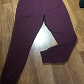 Фирменные спортивные штаны на манжетах