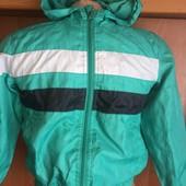 Куртка спортивная. ветровка, размер 128 см, o'Kay. состояние отличное