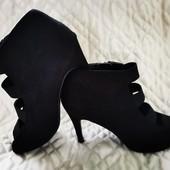Оригинальные брендовые туфли-боты, 26 см стелька, р. 39-40. New Look. Отличное состояние