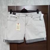 Фирменные новые красивые джинсовые шорты р.14-16.