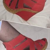 Новые красные босоножки на резинках, разм. 38 (24 см ст.) Сток.
