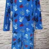 Яскрава флісова піжама.Розмір 140-146.