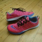 Кроссовки Nike Training оригинал 39-40 размер 25 см